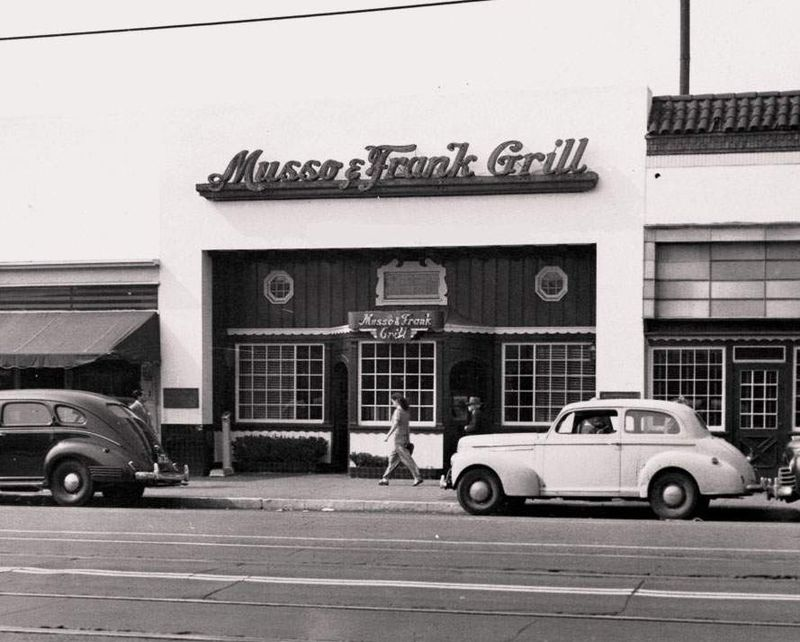 Musso&Frank_ Grill_1940s