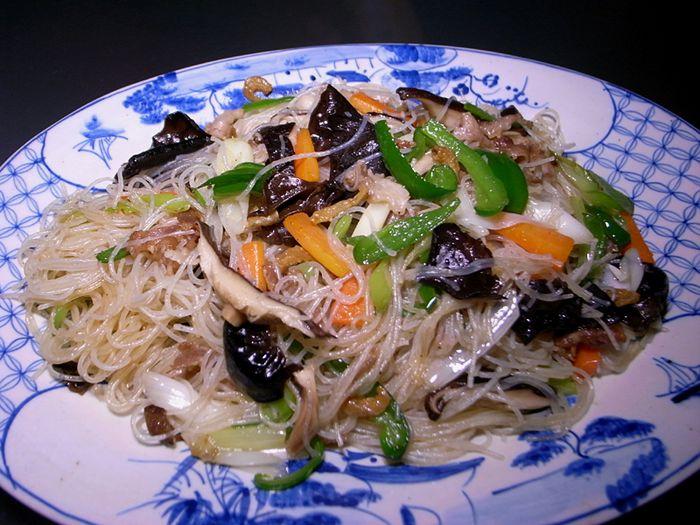R0032015_fried rice noodles