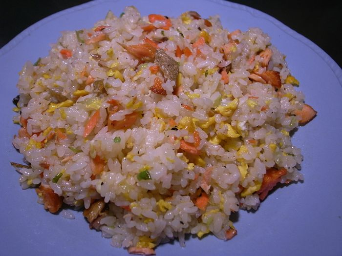 R0038166_Fried rice with salted samon