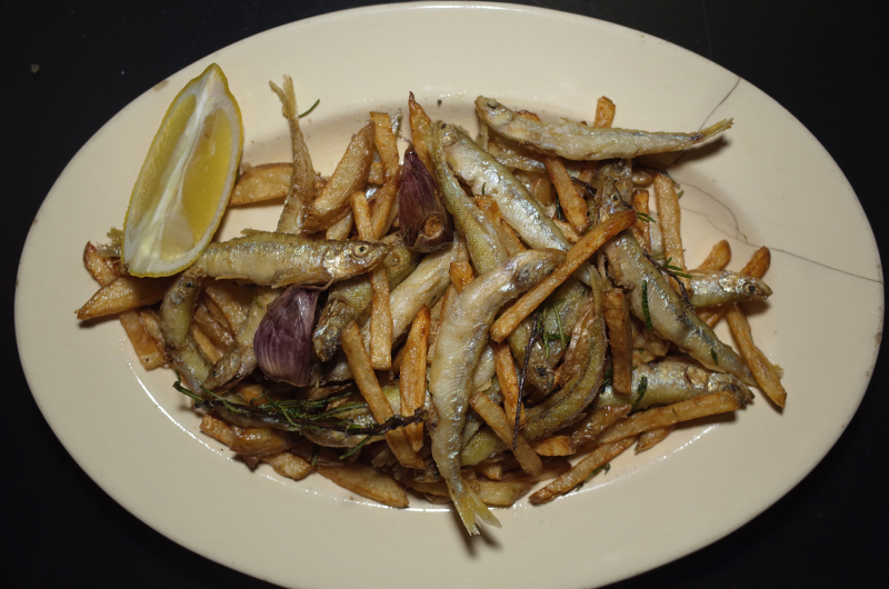 R0055854_Fried smelts and patatos with rosemary