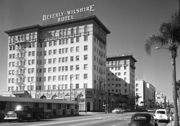 Beverly_wilshire_hotel_1959