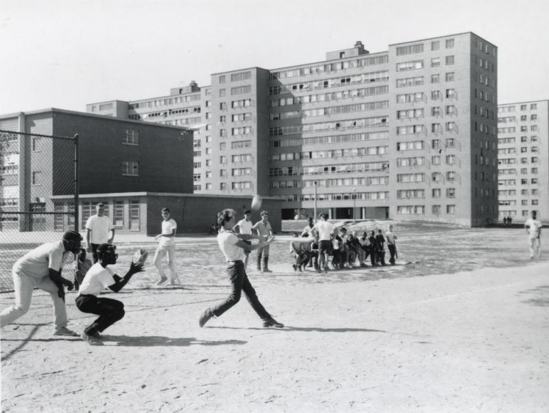 Softball-at-Pruitt-Igoe