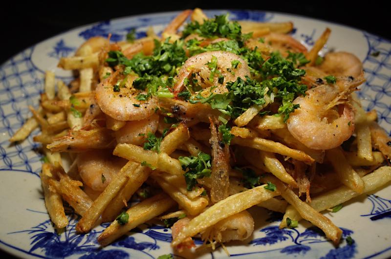 R0057183_Gamberetti e patate fritte