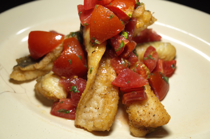 R0056772_Grongo fritto con pomodoro